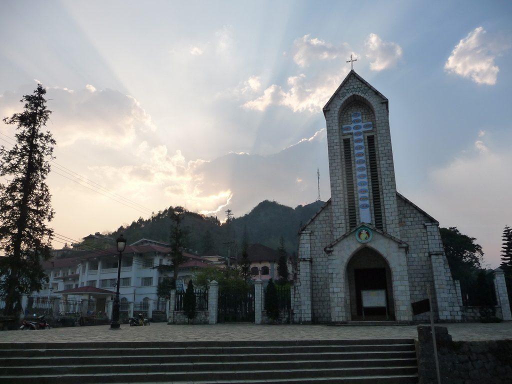 sapa stone church, sapa travel, sapa town, sapa tour