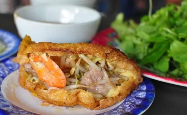 Banh Khoai special food Hue, Hue street food
